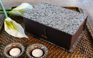Casket case box